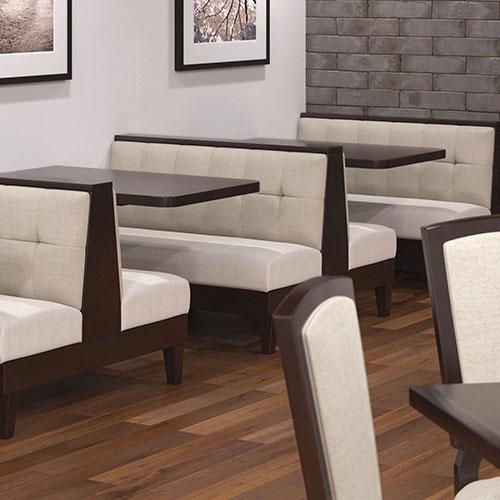 пылесос для химчистки мебели в кафе